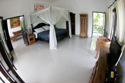 Penthouse-Suite-at-NextLevel-Surfcamp-Bali-3