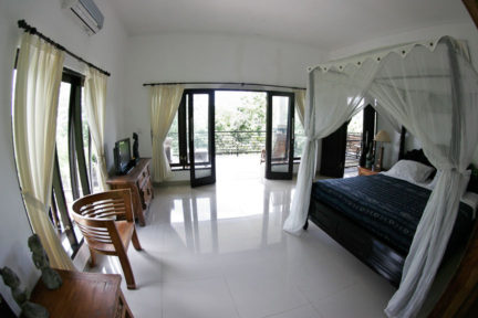 Penthouse-Suite-at-NextLevel-Surfcamp-Bali