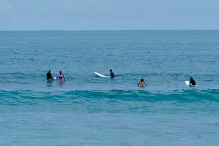 Balangan-Surf-med